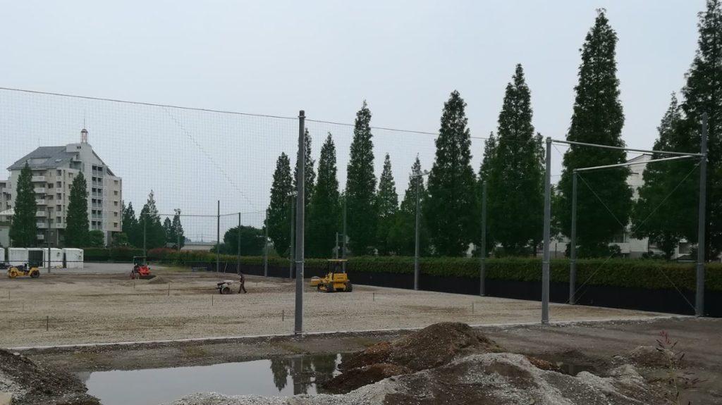 BigHopの駐車場の工事02